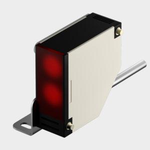 Сенсор фотоэлектрический предназначен для взаимной блокировки платформы и секционных ворот. При закрытых воротах датчик блокирует управление платформой, чтобы избежать повреждения ворот.