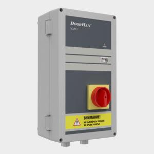 Блок управления DCUT-1 — базовый. Питание 380 В 3 фазы. Управление платформой осуществляется по удержанию кнопки. Возврат в парковочное положение по удержанию кнопки. Блокировка платформы при закрытых воротах.